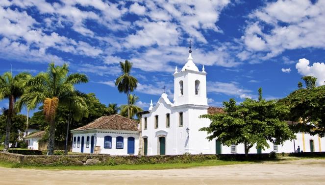 galeria-paraty-igreja-creditos-thinkstock-465355337